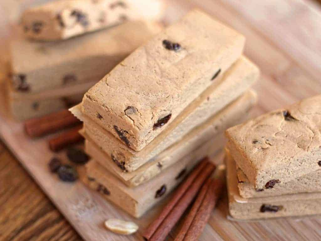 Healthy Cinnamon Raisin Peanut Butter Fudge Protein Bars