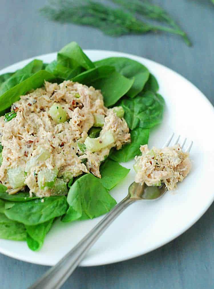 Salade de poulet à faible teneur en glucides