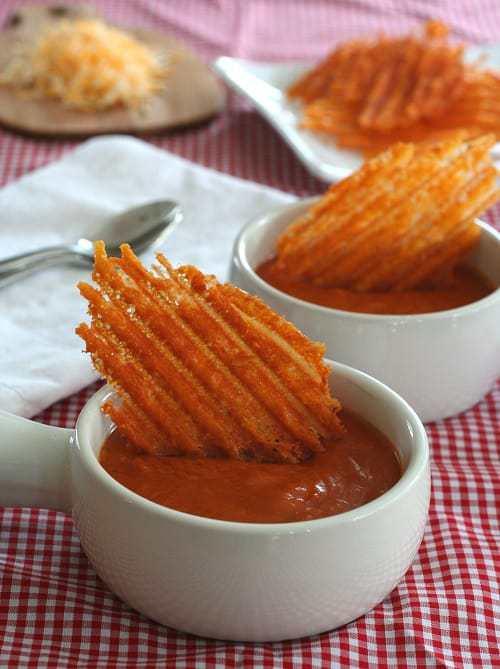 Spicy Cheddar Crisps