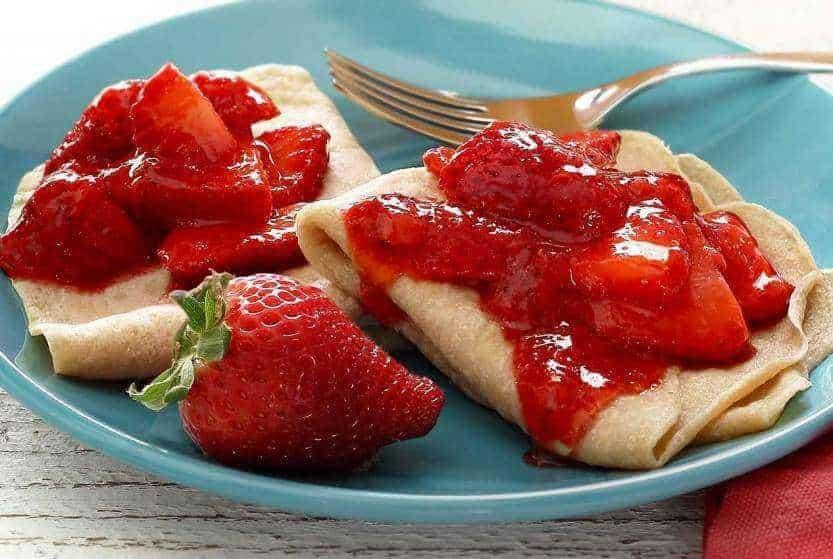Simple Paleo Strawberry Crepes